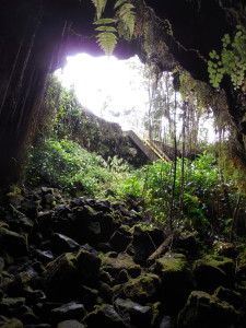 Kaumana-Caves-Lavatubes-Hawaii